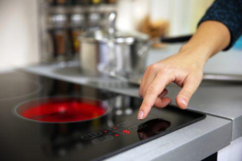 Brancher une cuisinière électrique : nos recommandations