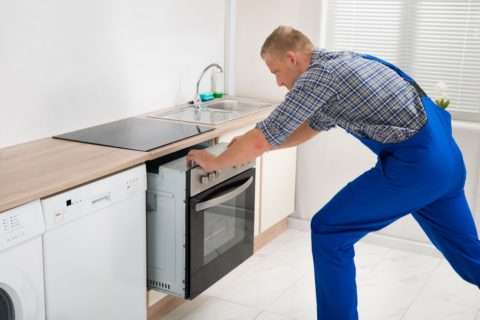 installer un frigo encastrable nos astuces